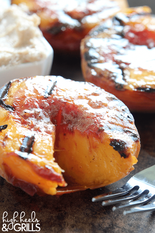 Cinnamon Sugar Grilled Peaches are a yummy dessert that can be made quick! They're topped with a cinnamon sugar butter and taste like little peach cobblers!
