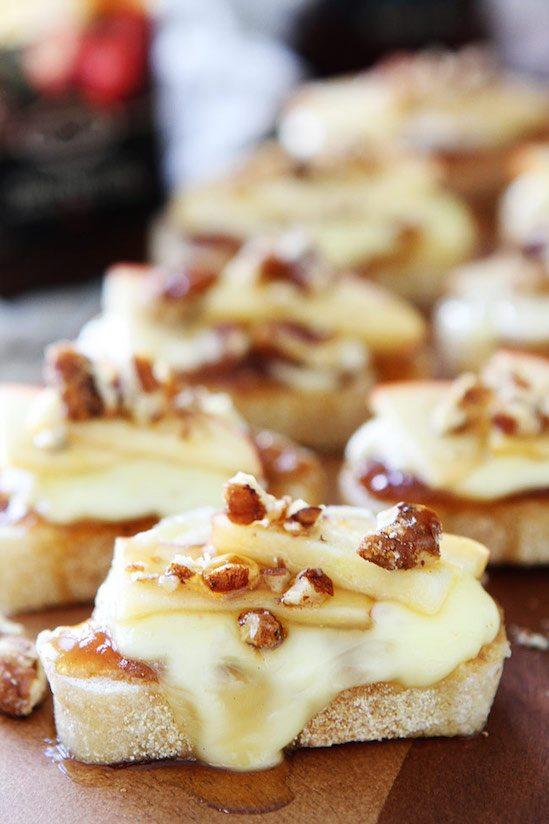 Brie Apple Honey Crostini Recipe