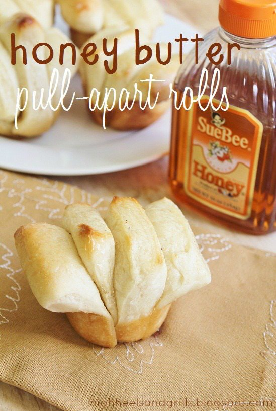 Best Thanksgiving Side Dishes - Honey Butter Pull-Apart Rolls Recipe
